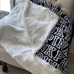 🆕 PINK Blanket Faux Fur Black/White Extra Large